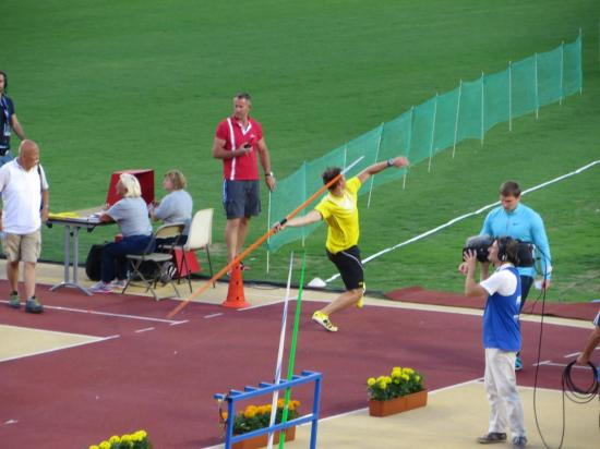 Javelot H : 1 Vitezslav Vesely, Rep.Tch à 87.68m !