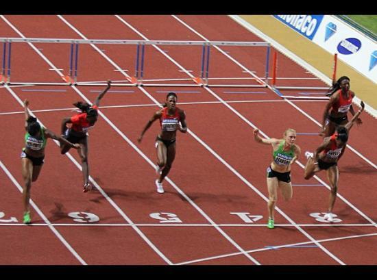 100m haie victoire de Sally Pearson