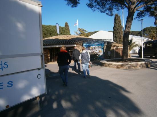 Le Village du Marathon St Maxime :le Départ
