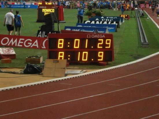 Victoire de l' Américain devant les kenayans en 8mn..